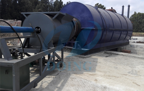 Lebanon customer installing 10T capacity waste tire pyrolysis plant