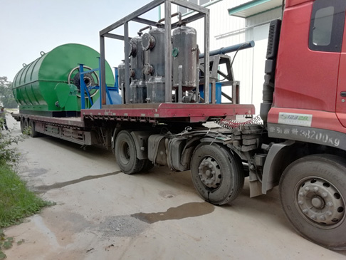 Kyrgyzstan customer's 2 sets 12T waste tire pyrolysis plants delivered last week