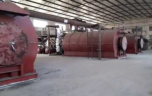 Chongqing customers 4 sets 10-ton waste tyre pyrolysis plant have finished  installation and debugging