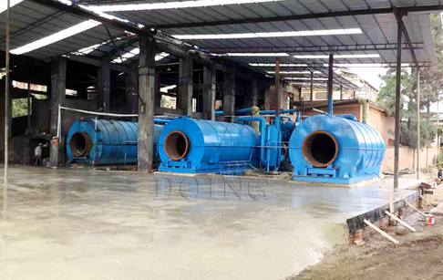 2 sets used tyre recycling to fuel oil plants installed in Yunnan, China