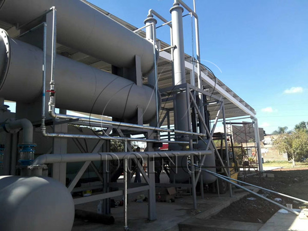 Pyrolysis plant convert waste plastic to fuel oil