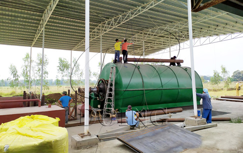 One set 12T/D tyre pyrolysis machine successfully installed in the Philippines