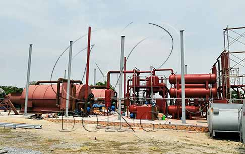 Two sets of 12T/D waste tire to oil recycling machine project established in Vietnam
