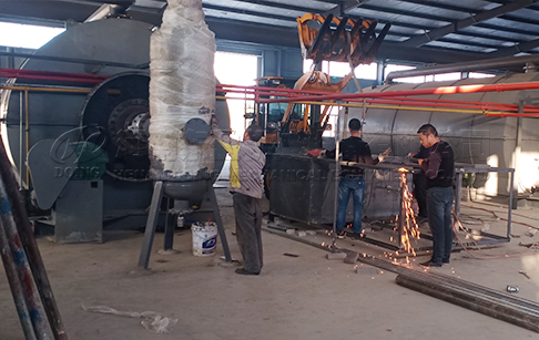 4 sets 10TPD waste tyre pyrolysis plant project in South Africa