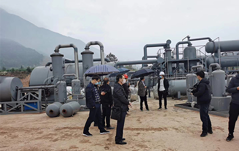 Government officials inspect DOING waste tyre pyrolysis plant project site