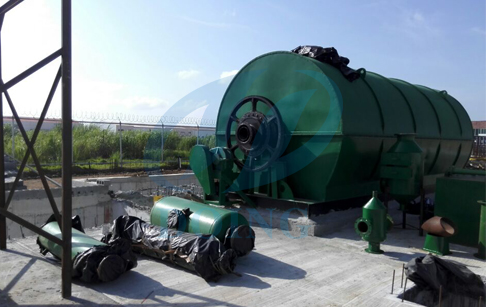 waste tire pyrolysis machine